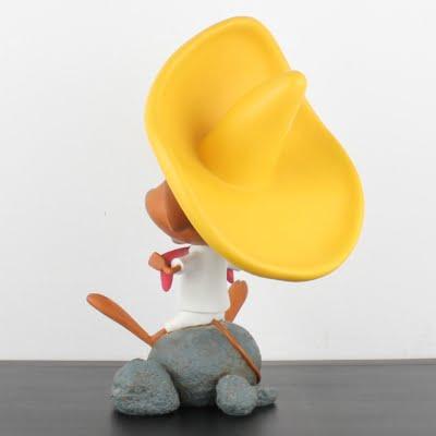 Vintage Speedy Gonzales Looney Tunes statue by Warner Bros