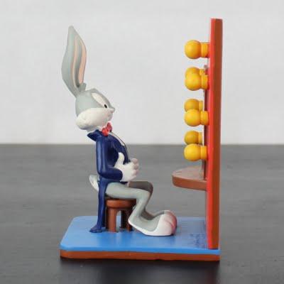 Vintage Bugs Bunny statue by Warner Bros