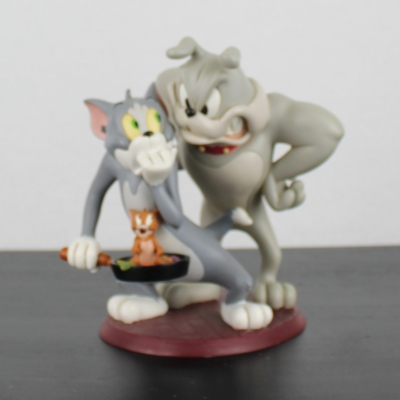 Tom and Jerry with Spike Looney Tunes statue by Warner Bros