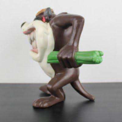 Vintage, unlicensed Tasmanian Devil statue