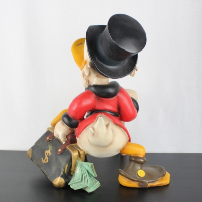 Scrooge McDuck with a suitcase full of money Polyester XXL statue by Walt disney