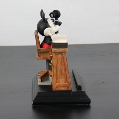 Mickey Mouse business card holder by Figi Graphics in license of Walt Disney