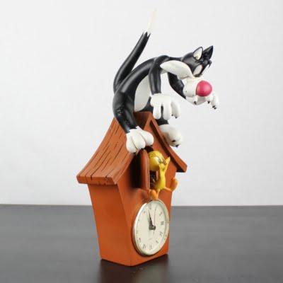 Sylvester and Tweety clock by Warner Bros.