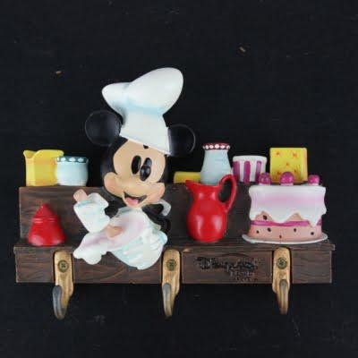 Mickey Mouse kitchen hooks by Walt Disney