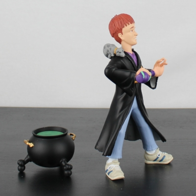 Ron Weasley statue by Demons and Merveilles