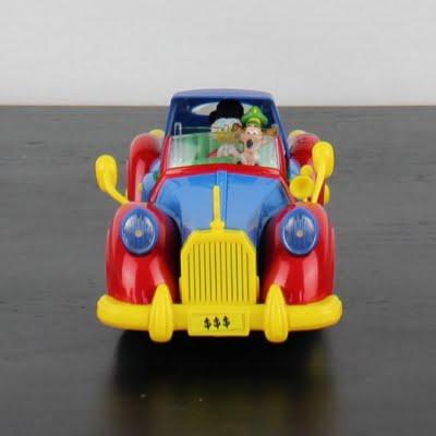 Classic Scrooge McDuck model car by Bburago in license of Walt Disney