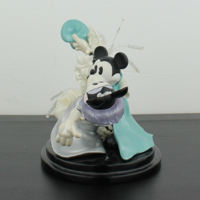 Mickey and Minnie Mouse dancing on a wedding by Enesco