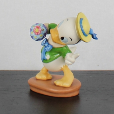 """Louie """"Tag-Along Trouble"""" of Mr. Duck steps out by the Walt Disney Classic Collection"""