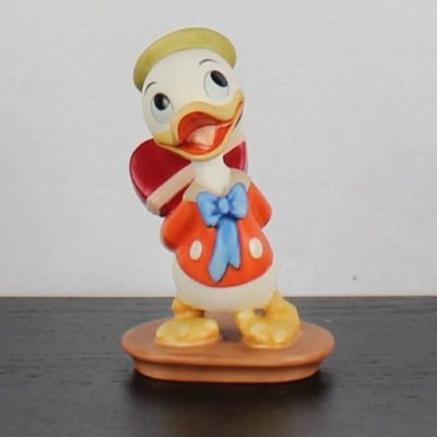 """Huey """"I Got Something For Ya"""" of Mr. Duck steps out by the Walt Disney Classic Collection"""
