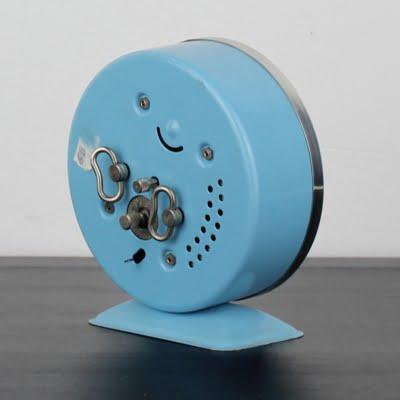 Vintage Donald Duck alarm clock by Bayard in license of Walt Disney