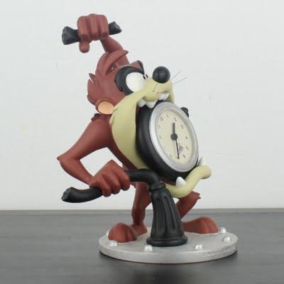 Tasmanian Devil clock by Demons and Merveilles in license of Warner Bros.